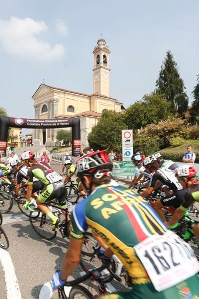 Un passaggio della corsa (Foto Pisoni)