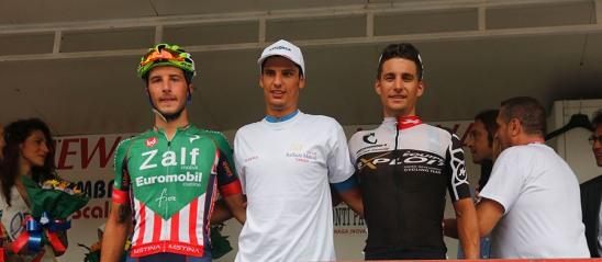 Toniatti con la T-Shirt del 50^ Trofeo Raffaele Marcoli (Foto Pisoni)