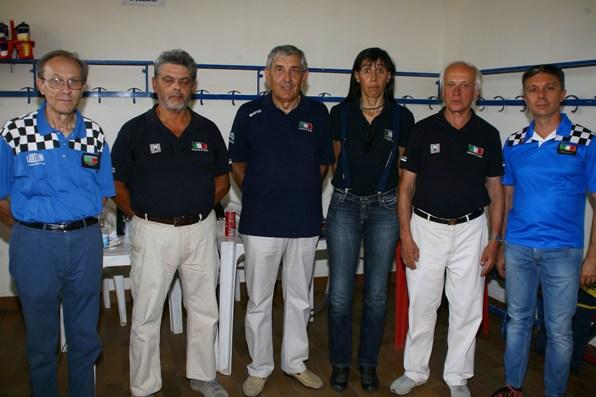 Giuria FCI con Direttori di corsa (Foto Berry)