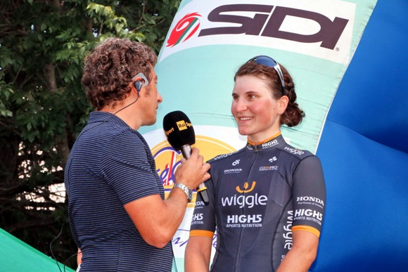 Elisa Longo Borghini intervistata da Andrea De Luca (Photobicicailotto)