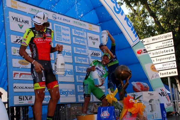 Brindisi sul podio (Photobicicailotto)