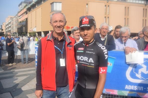 Cesare Benedetti col collaboratore di Aldo (Foto Aldo Trovati)