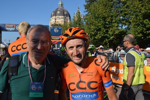 Davide Rebellin col giornalista milanese Aldo Trovati (Foto Claudio Mollero)