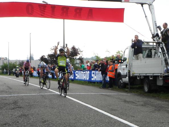 Andrea Sulis vince a Carbonate (Foto Nastasi)
