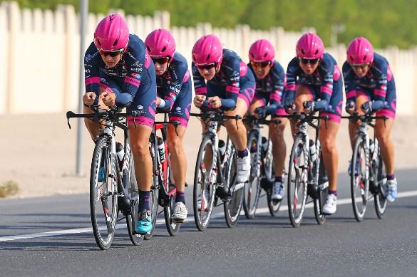 Be Pink impegnata nel mondiale cronosquadre a Doha (Foto Scanferla)