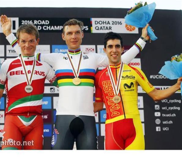 da sinistra, Kiryenka, Tony Martin e Castrovejo, Podio cronoindividuale mopndiale (Bettiniphoto.net)