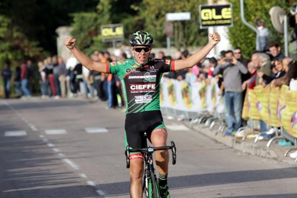 Da Pos vince a Vigasio (Photobicicailotto)