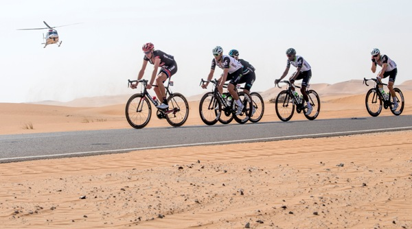 The pack is on the way of the first stage of Abu Dhabi cycling race from Madinat Zayed to Madinat Zayed, UAE, 20 October 2016. ANSA/CLAUDIO PERI