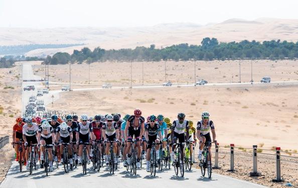 Il gruppo nel deserto (Foto Peri)