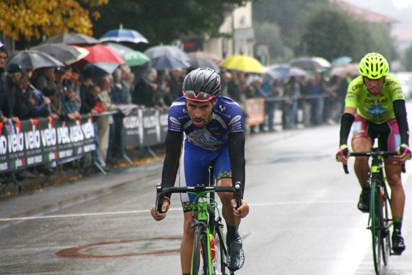 L'arrivo di Umberto Marengo, 3° classificato e Francesco Castegnaro, 4° (Foto Berry)