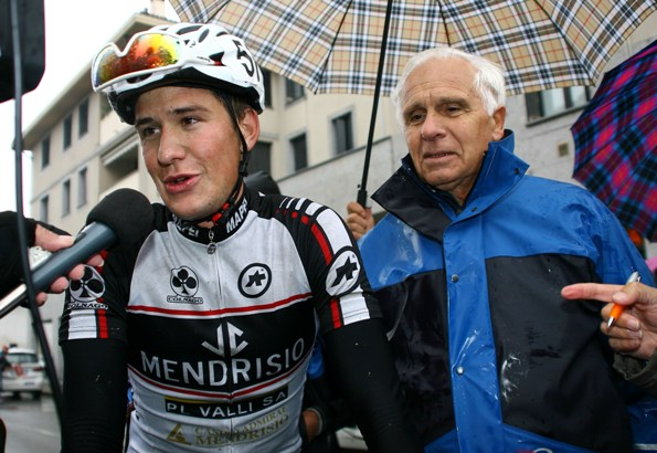 Maranesi, Team Manager del VC Mendrisio col suo corridore Mathias Reutimann (Foto Berry)