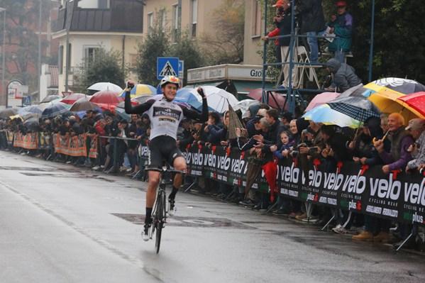 Mathias Reutimann vince a Biassono ()Foto Pisoni)
