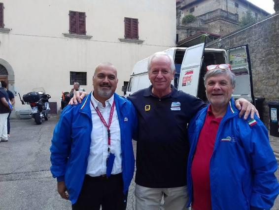 """Al centro, Mauro Billi oggi premiato col Premio """"Padre Pio"""""""