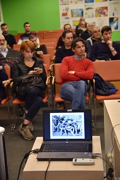 """Particolare della sala """"Mons E. Galbiati"""" di Verano Brianza presentazione libro I Diavoli di Bartali - Autore Marco Pastonesi (Foto di Kia Castelli)"""