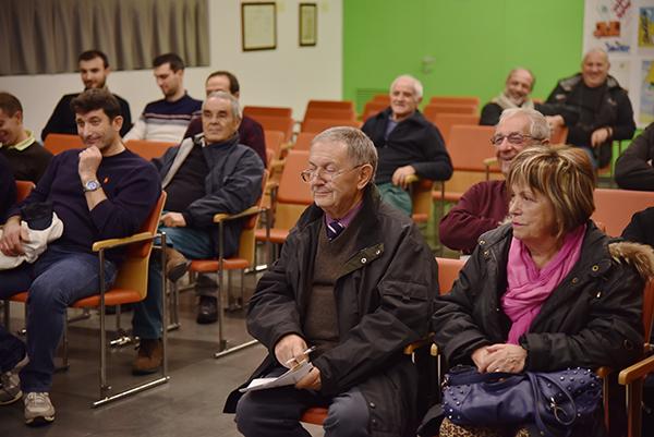 Un particolare della sala della Biblioteca Mons. E. Galbiati di Verano Brianza (Foto Kia Castelli)