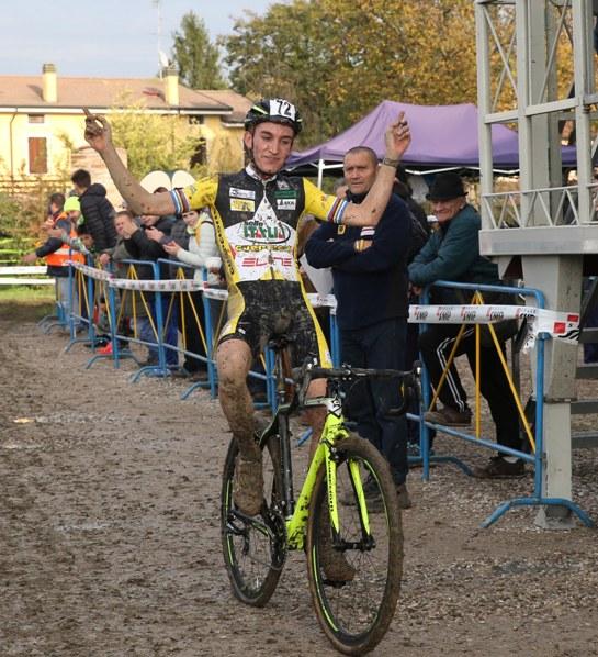 Stefano Sala vince gara Open ad Ospitaletto Mantovano (Foto Soncini)