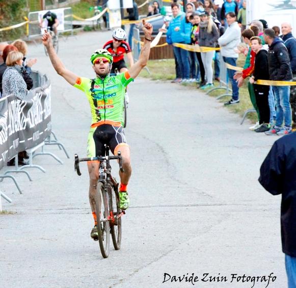 Giuseppe Lamastra vince a Cantoira (Foto di