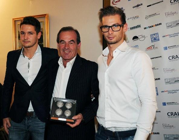 Capodanno Bergamasco - Premiazione del Presidente del Team Giorgi, Carlo Giorgi (Foto Rodella)