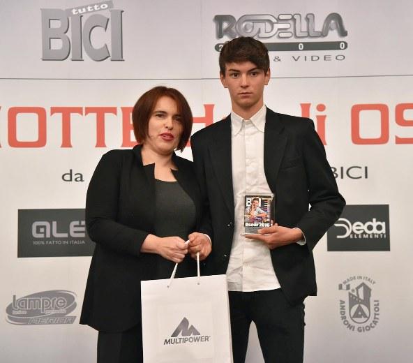 Capodanno Bergamasco - La premiazione di Alessandro Covi (Foto Rodella)