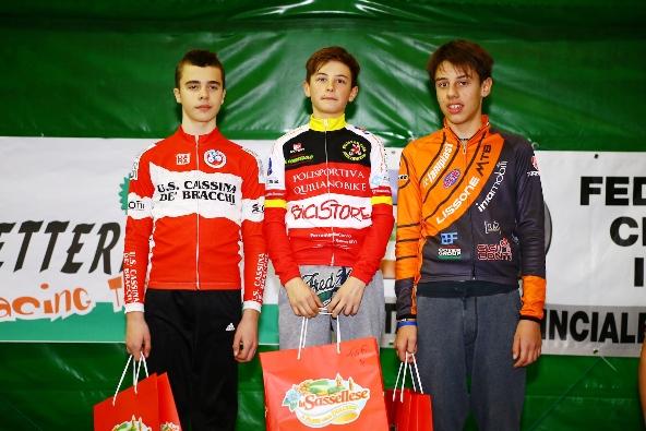 Da sx, Fabio Massa, Carlo Cortesi e Andrea Cenni, Podio G6-M ad Acqui Terme (Foto Comunicato Stampa Lissone Mtb)