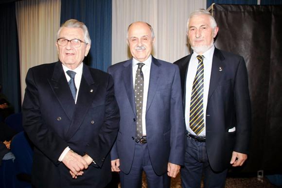 Il Presidente Di Rocco con i due Candidati alla Presidenza del CR-FCI Veneto, Carlesso a sx e, a dx, Michieletto (Photobicicailotto)