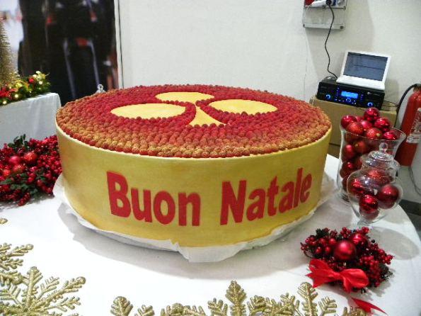 La torta del Buon Natale col simbolo di Colnago (Foto Nastasi)
