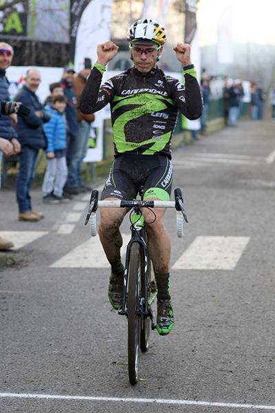Marco Aurelio Fontana vincitore gara Elite (Foto Kia)