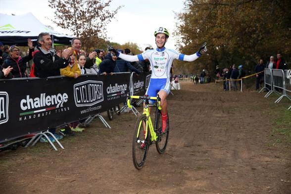 Marco Pavan vince gara categoria Juniores (Foto Soncini)