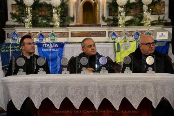 Da sx, Don Daniele Laghi, Padre Nicola e Padre Agostino (Foto di Remo Mosna)