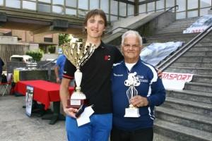 Da sx, Marlen Szmorka vincitore Trofeo Raffaele Marcoli a Turbigo nel 2014 qui con il grande Gianlui Giambelli detto Giambo (Foto di Paolo Radaelli Berry)