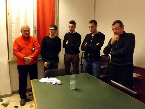 Il Consiglio FCI della provincia di Mantova col Presidente Armanini, primo a sinistra (Foto di Paolo Biondo)