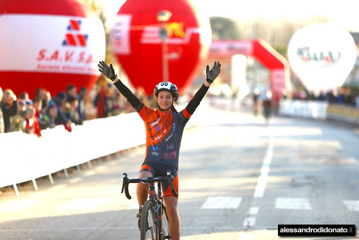 Martina Recalcati vince Tricolore Donne Esordienti 1^ anno (alessandrodidonato)