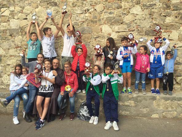 09.10.2016 - Giovani Ciclisti impegnati in una gimkana alla Castellina (Foto Giacinto Gelli)