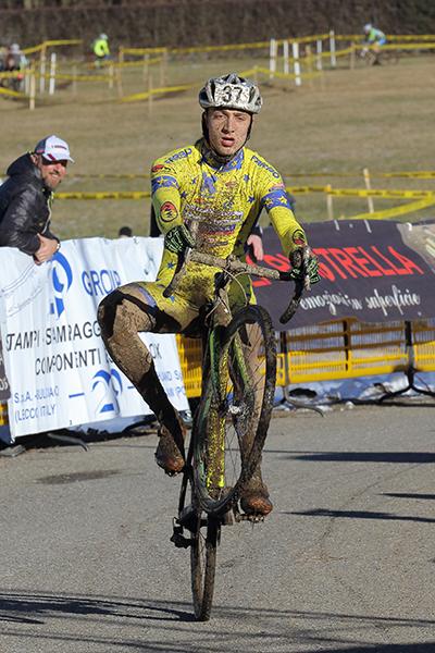 Loris Conca vince tra gli Juniores (Foto Kia Castelli)