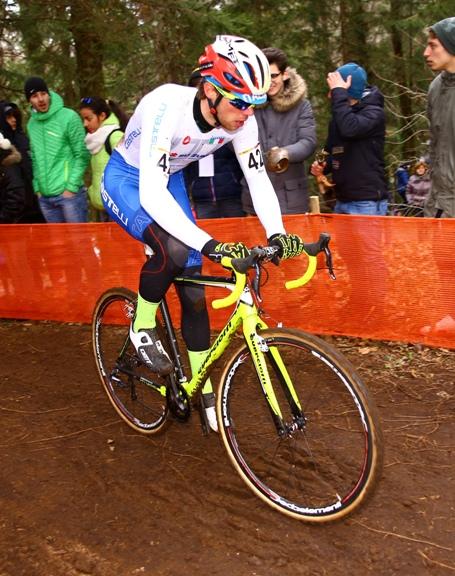 Manuel Todaro in azione a Fiuggi CDM Ciclocross (Pubbliphoto)