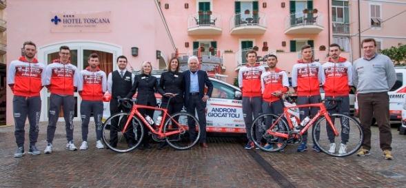 Team Androni Giocattoli-Sidermec : Un miniritiro all'Hotel Toscana di Alassio