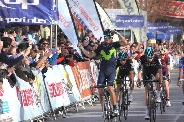 Valverde allo sprint a Granada (JCF)