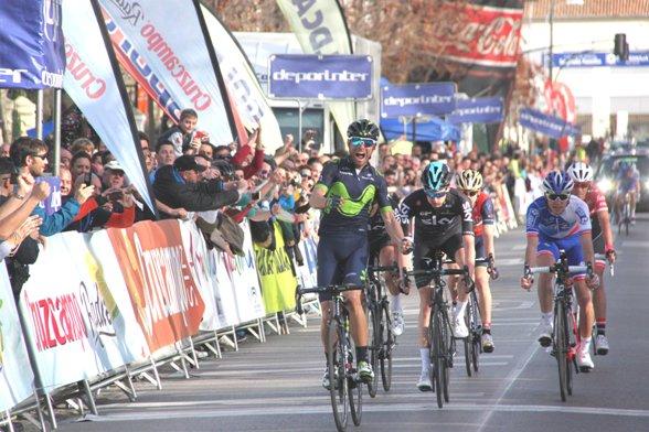 Valverde a Granada, tappa e maglia (Foto Jean Claude Faucher)