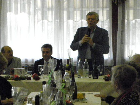 Il Sindaco Roberto Colombo parla ai presenti (Foto Nastasi)