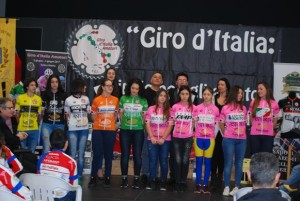20.02.17 - Giro d'Italia Amatori 12feb2017 presentazione panoramica maglie