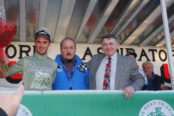 Leonardo Bonifazio con Pozzani e il Sindaco Amilcare Ziglioli (Foto Pisoni)