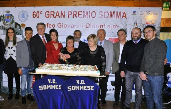 Taglio della torta inaugurazione stagione agonistica 2017 (Foto Carlo Vaj)