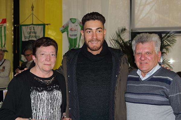 Giovanni Mauri con sua moglie e Giacomo Nizzolo (Foto Giuseppe Castelli)