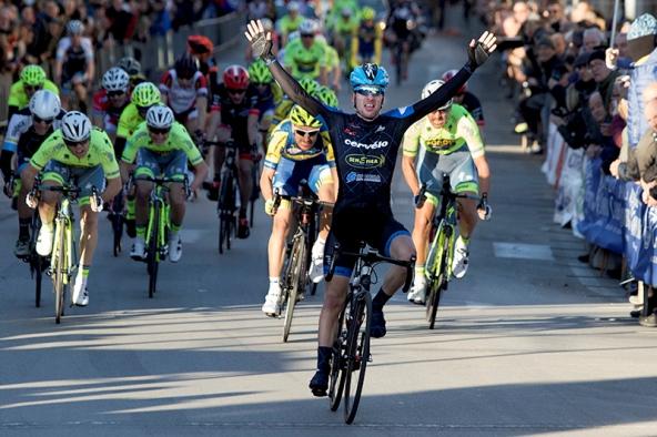 Lo sprint di Bonechi ad Empoli (Foto Valerio Pagni)