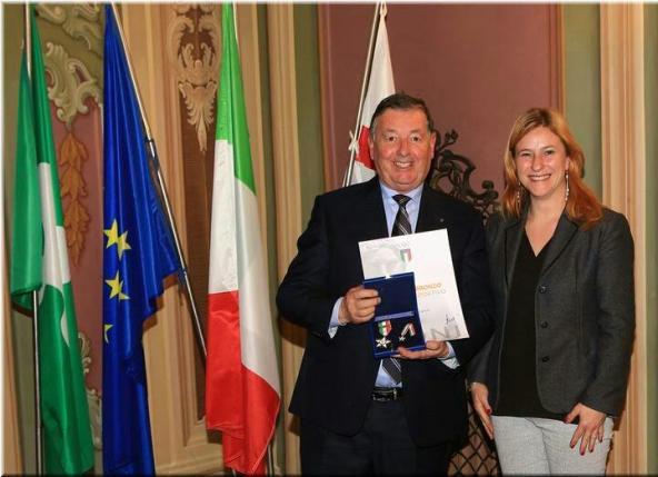 Sergio Gianoli con la Stella di Bronzo al Merito Sportivo (Foto