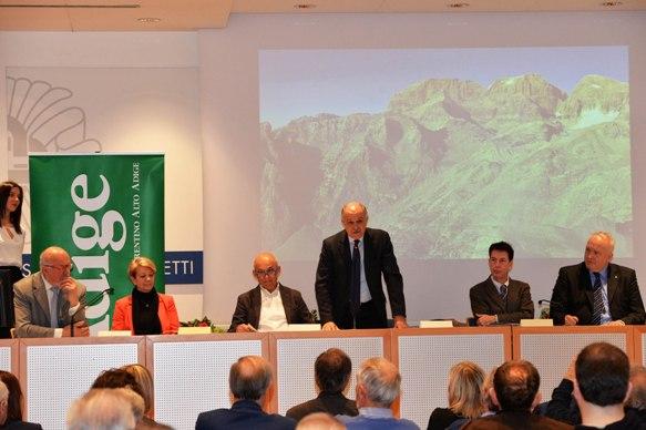 Presentazione speciale L'Adige SPORT con calendario gare Federazione Ciclistica Italiana Prov