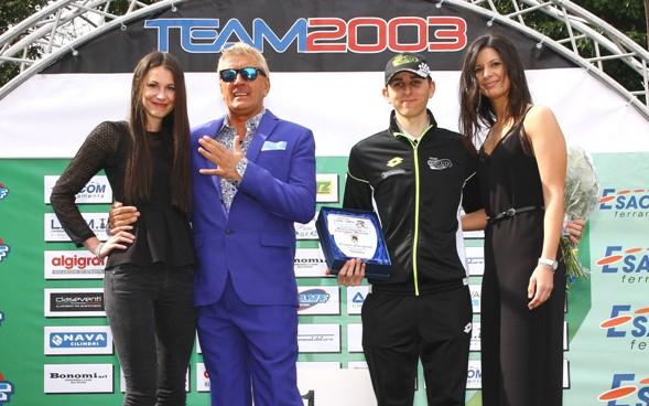 La premiazione di Stefano Taglietti 2^ classificato (Foto Berry)