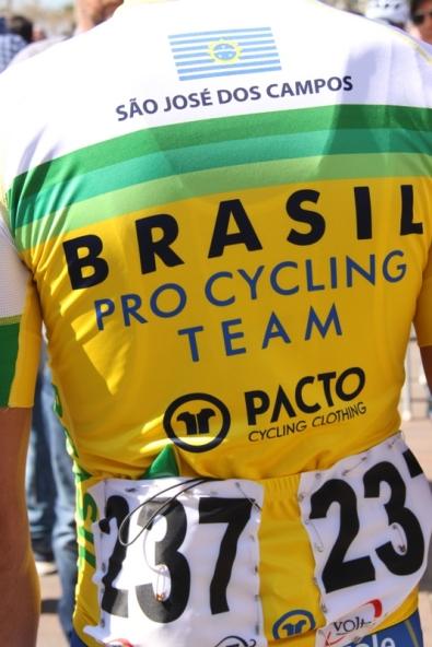 Corridore Brasiliano preso di spalle (Foto Jean Claude Faucher)