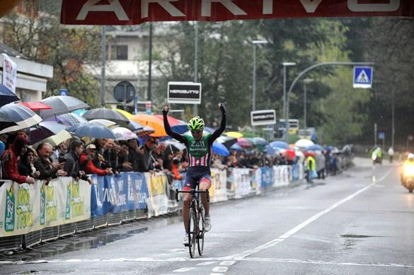 Riccardo Lucca taglia vittorioso il traguardo della 108^ La Bolghera (Foto di Mosna Natascia G.)