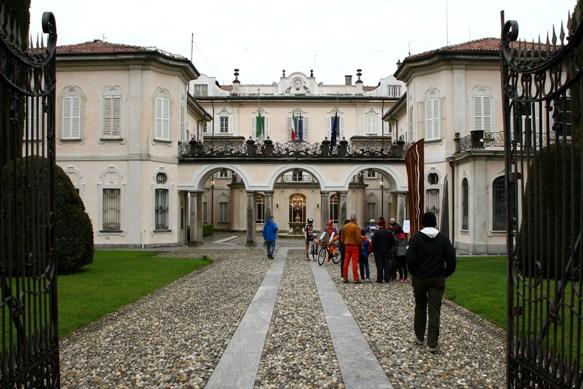 Ritrovo di Partenza a Villa Recalcati (Foto Berry)